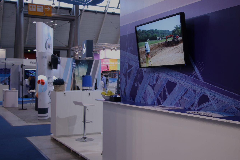 custom exhibition monitor